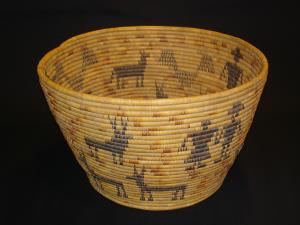 A Mission pictorial bowl basket