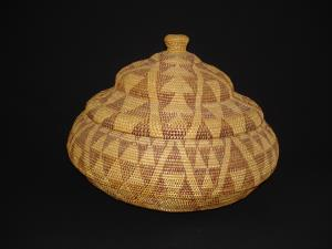 A very large Miwok Paiute basket with cover