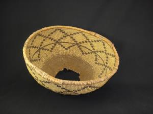 A Pit River Hopper basket