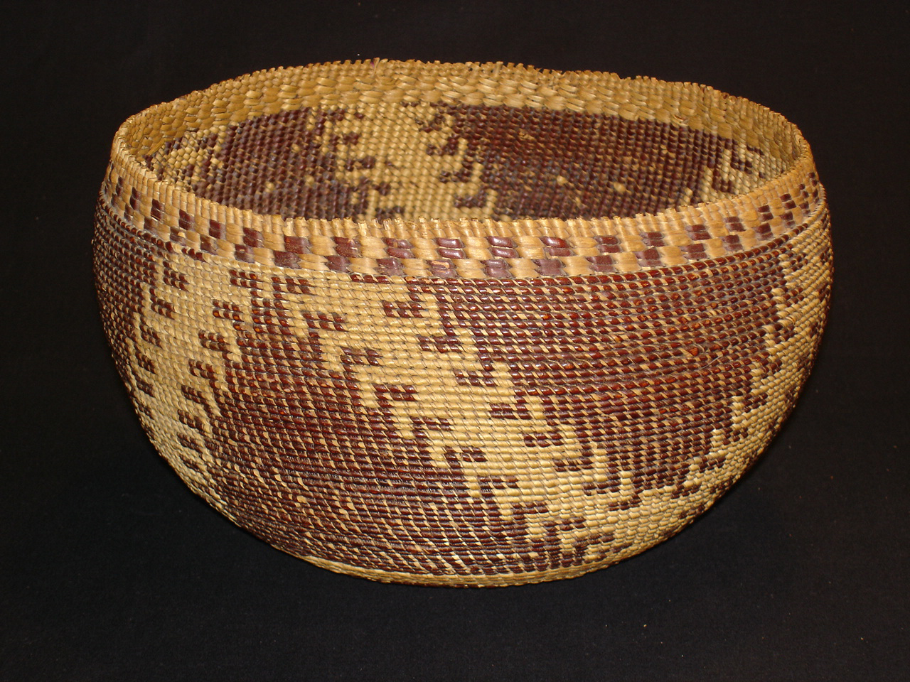 Basketry In Art : Pomo twined bowl genequintana